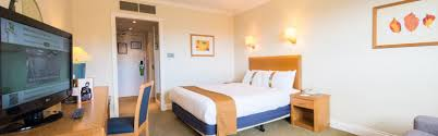 Holiday Inn Edinburgh Hotels Holiday Inn Edinburgh HotelRoom - Holiday inn family room