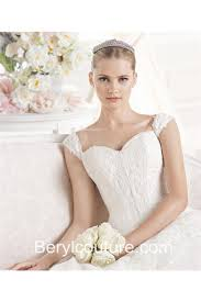 Wedding Dresses With Straps Classic Ball Gown Sweetheart Neckline Tulle Lace Wedding Dress