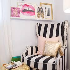 Pink Peonies Bedroom - pink peonies art print