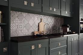 cr馘ence cuisine carreaux de ciment crédence cuisine carreaux de ciment patchwork et artistique