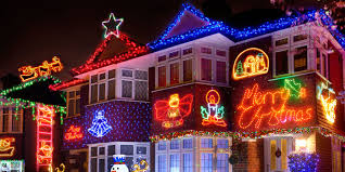 christmas decorations images these christmas decorations are common claims etiquette expert