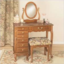 Makeup Vanity Table Furniture Oak Makeup Vanity Table Oak Jewelry Armoir Makeup Vanity Tableoak