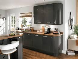 plan de travail cuisine gris cuisine gris et bois galerie et plan de travail cuisine gris