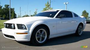 white mustang 2006 2006 performance white ford mustang gt premium coupe 440470