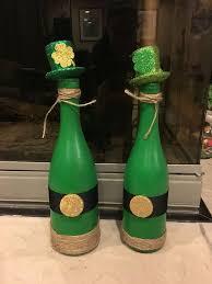 Diy Wine Bottle Decor by Best 25 Wine Bottle Decorations Ideas On Pinterest Decorative