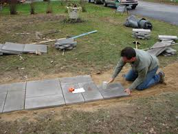 How To Lay Flagstone Patio How To Lay A Bluestone Walkway How Tos Diy