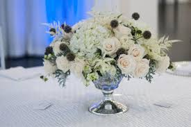hydrangea centerpieces how to make gorgeous wedding centerpieces with hydrangeas