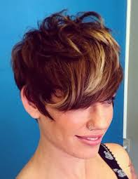 best highlights for pixie dark brown hair 30 chic highlight ideas for your brown hair