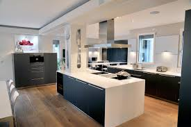 Cuisine Design Ilot Central by Renovation Residential Property Chantilly Mirage Interior