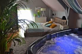 chambre avec spa privatif sud ouest charmant chambre avec privatif bretagne ravizh com