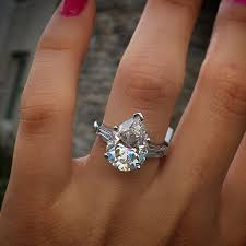 teardrop engagement rings best 25 pear engagement ring ideas on pear