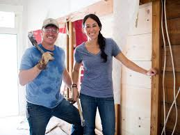 Chip And Joanna Fixer Upper Sneak Peek Holidays With Chip And Jo At Magnolia