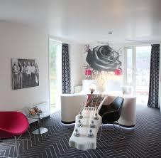 Schlafzimmer Bett Mit Erbau Skurrile Hotels Campen über Den Dächern Frühstück Im Stiefel Welt
