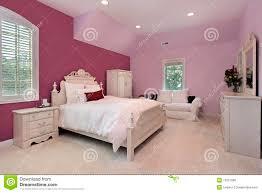 dans la chambre la chambre à coucher de la fille dans la maison de luxe photo