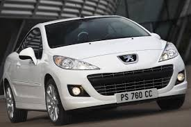 peugeot convertible 2016 peugeot reportedly preparing 208 cabriolet with soft top roof for 2015
