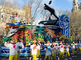 thanksgiving day parade 2014 relive the scariest macy s thanksgiving day parade floats in