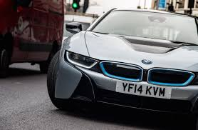 Bmw I8 Features - bmw i8 first drive in a neoteric supercar ecomento com