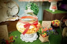 Alice In Wonderland Baby Shower Decorations - kara u0027s party ideas mad hatter tea party baby shower ideas decor