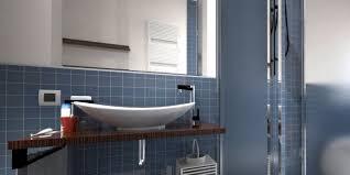 bagno o doccia dove metto la doccia nel bagno lungo e stretto cose di casa