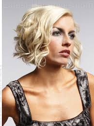 how to cut a aline bob on wavy hair medium curly a line bob hairstyle sideview blow dry hair using a