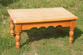 Relooker Une Table Une Table Basse Ruinée Par Les Enfants U003d U003e Une Déserte Vitaminée