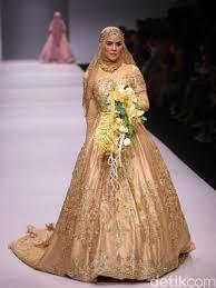 wedding dress syari se sa hadirkan busana muslim syari yang terinspirasi dari era
