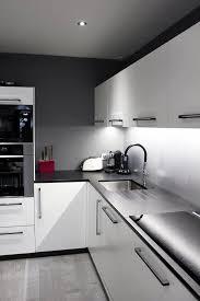 hotte aspirante encastrable cuisine cuisine façades laquées blanc mat hotte aspirante encastrable dans