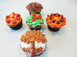 Halloween Cupcakes Skeleton by Carving Fruits Flower And Fall Leaves Craft Ideas Loversiq
