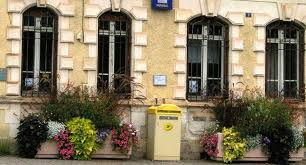 bureau de poste 15 l avenir du bureau de poste se jouera bientôt 15 09 2017