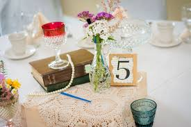 vintage wedding centerpieces diy shabby chic wedding centerpieces fab mood wedding colours
