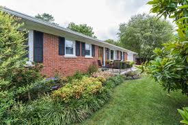 listing 1512 cantrill drive lexington ky mls 1717586