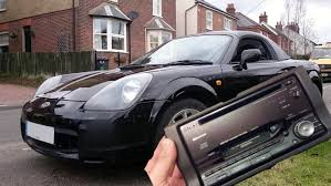 how to stereo removal in an toyota mr2 roadster 1999 2006 youtube