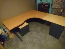 donne bureau recyclage objet récupe objet donne bureau d angle à récupérer à