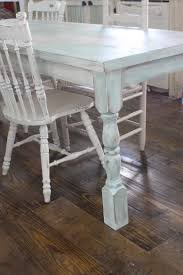 Shabby Chic Table by Creating A Shabby Farmhouse Paint Finish