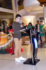 n hotel tree lighting ceremony feel the vibe at n hotel