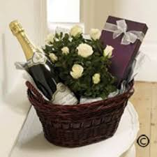 anniversary gift baskets wedding anniversary gifts best images collections hd for gadget