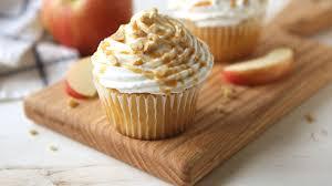 apple pie stuffed cupcakes recipe bettycrocker