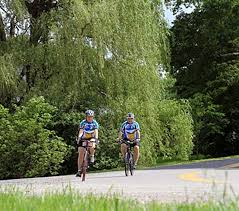 Vermont outdoor traveler images Vermont lake champlain guided bike tour vbt vacations jpg