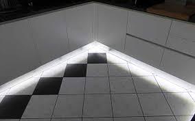 eclairage led cuisine plan de travail eclairage led cuisine plan de travail fizzcur