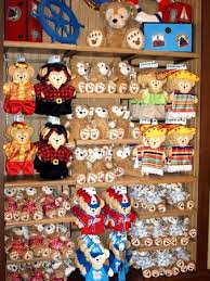 duffy clothes stay warm with photos from the disneyland theme parks