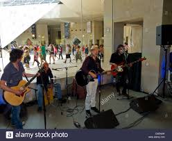 paris france american country rock singer performing in apple