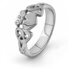 claddagh rings meaning claddagh ring with celtic knot meaning claddagh rings