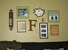 How To Arrange Pictures On A Wall by Wall Photo Arrangements Home Design Ideas