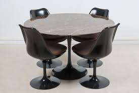 coffee table saarinen oval dining table by knoll yliving round