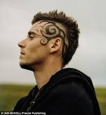 gypsys a way of life guys haircuts iain mckell s pictures capture britain s new age travellers