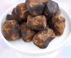 cuisiner truffe truffes au chocolat recette de truffes au chocolat marmiton