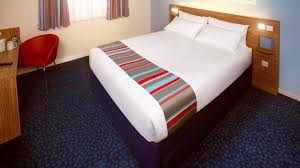 bureau de change birmingham airport hotel travelodge birmingham airport 3 hrs hotel