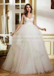 sweetheart neckline ivory lace tulle uneven full length wedding