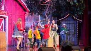 Comedy Barn In Pigeon Forge Tennessee The Comedy Barn Gatlinburg Pigeon Forge Expedia