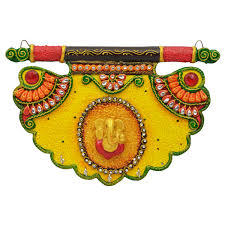 wooden u0026 paper mache pankhi shape ganesha key holder buy